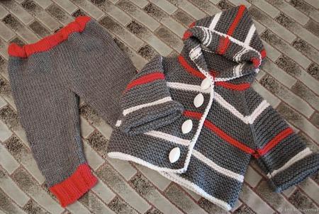 Вязаный детский шерстяной комплект ручной работы на заказ