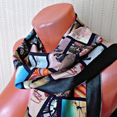 """Черный шарф ручной работы из ткани """"Счастливые моменты"""""""