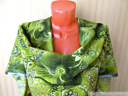 """Зеленый палантин ручной работы из ткани """"Зеленая фея"""" модель 1 ручной работы на заказ"""