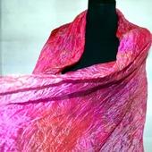 Розовый шёлковый шарф длинный плиссированый