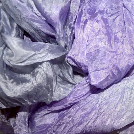 Шарф светлый серый сиреневый натуральный шёлк ручной работы на заказ