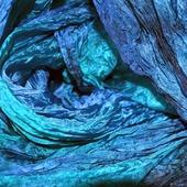 Шарф синий с изумрудно зеленым