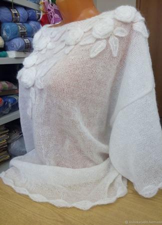 Нежная белая розочка ручной работы на заказ