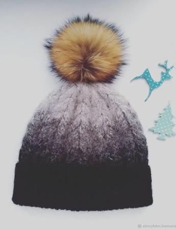 Зимняя шапка с помпоном ручной работы на заказ