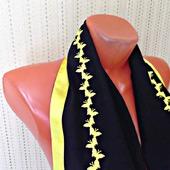 Черный палантин ручной работы из ткани Желтые бабочки