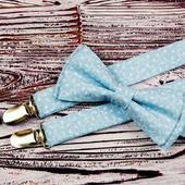 Набор бабочка и подтяжки голубой с белым рисунком