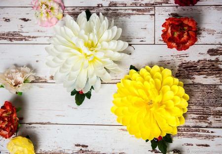 Гребешок с хризантемой ручной работы на заказ