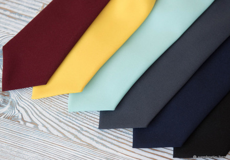 Детский галстук темно-синий ручной работы на заказ