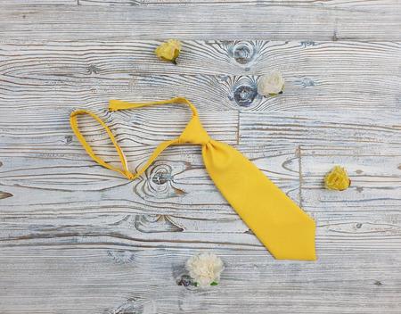 Детский галстук желтый ручной работы на заказ