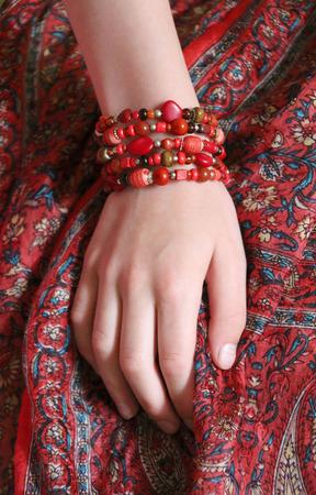 Многорядный восточный браслет «Шааби» ручной работы на заказ