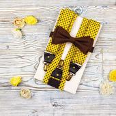 Набор галстук-бабочка и подтяжки широкие 3,5 см горчичный и коричневый