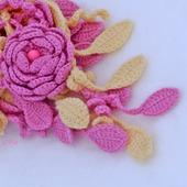 Шарф весенний Розовый цветок с брошью цветком