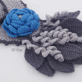 Шарф весенний Синий цветок с брошью цветком