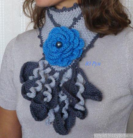"""Шарф весенний """"Синий цветок"""" с брошью цветком ручной работы на заказ"""