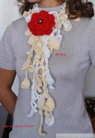 Шарф весенний Розовый цветок с брошью цветком ручной работы на заказ