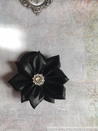 Чёрный бант на резинке ручной работы на заказ