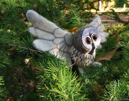 """Игрушка из шерсти """"Летящая сова"""" ручной работы на заказ"""