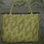 Текстильная стёгная сумка горчичного цвета