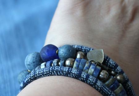 Сет браслетов «Деним» ручной работы на заказ
