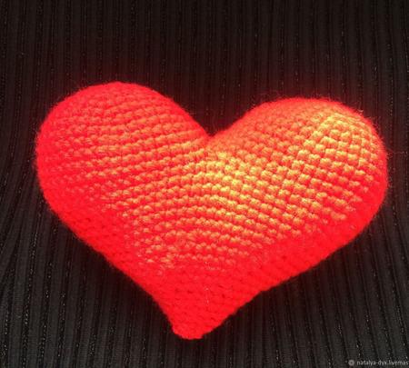 Вязаное сердце ручной работы на заказ