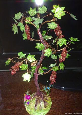 Виноград из бисера ручной работы на заказ