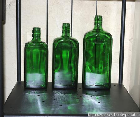 Бутылки стеклянные зеленые без этикеток прямоугольные ручной работы на заказ