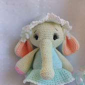 Слоненок Мила вязанный крючком