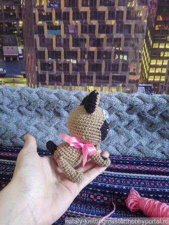 Вязаная игрушка Котенок Гав ручной работы на заказ
