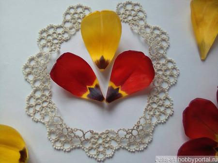 """Кружевной воротник """"Бежевые цветы"""" с бисером ручной работы на заказ"""