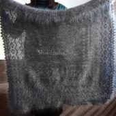 Пуховый платок, серый