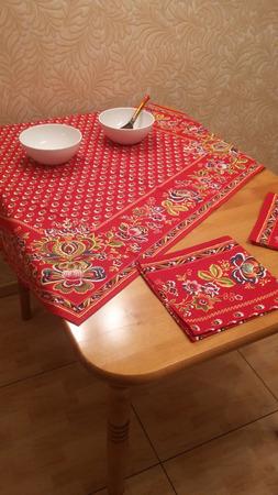 Комплект на кухонный стол ручной работы на заказ