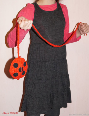 "Сумочка ""Леди Баг"" красная вязаная для девочки ручной работы на заказ"
