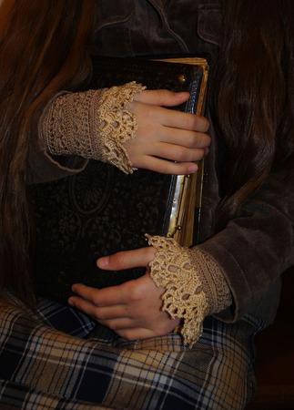 """Манжеты-браслеты-митенки в бохо стиле """"Шоко-карамель"""" ручной работы на заказ"""