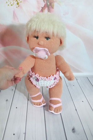 Вязаная кукла ручной работы на заказ