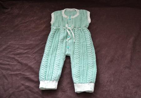 Комплект вязаный для новорожденных ручной работы на заказ
