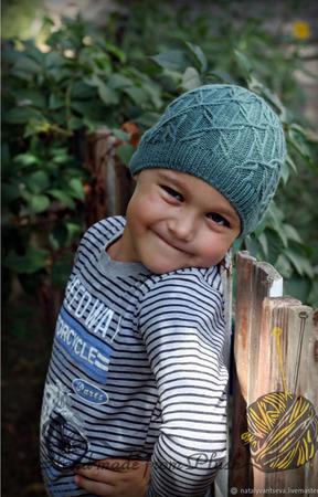 МК-описание шапки унисекс Madake (Мадаке) ручной работы на заказ