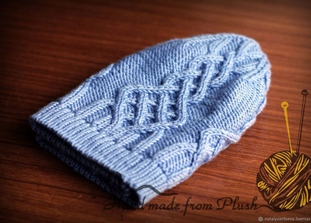 МК-описание женской шапки Ice Storm (Ледяной шторм) ручной работы на заказ