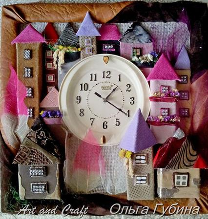 """Часы """"Сказочный городок"""" ручной работы на заказ"""
