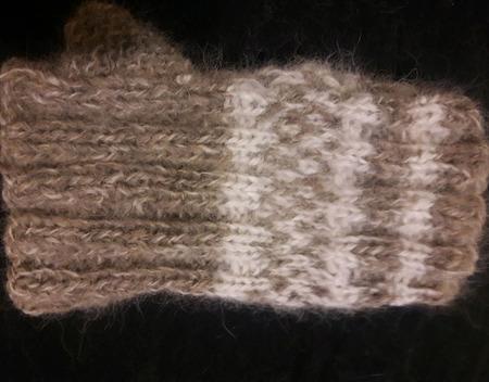 Напульсник  N 2 из собачьего пуха (шерсти) ручной работы на заказ