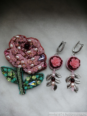 Серьги розовые с натуральными камнями ручной работы на заказ