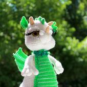 Загадочный дракон Изумрудинка