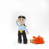 Морячок вязаная игрушка