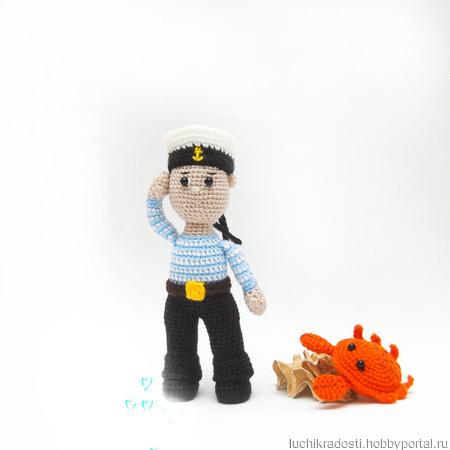 Морячок вязаная игрушка ручной работы на заказ