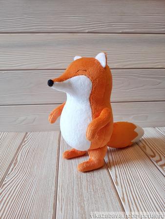 Плюшевая лисичка FiddleFox ручной работы на заказ