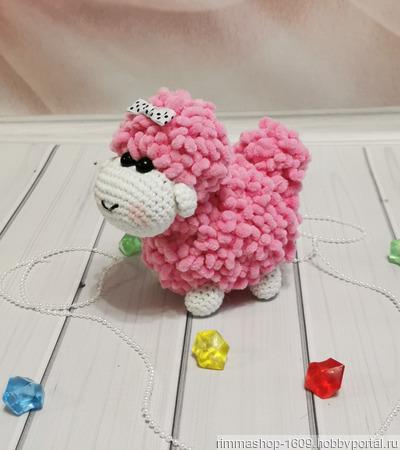 Вязаные плюшевые овечки ручной работы на заказ