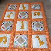 Одеяло для деток с машинной вышивкой