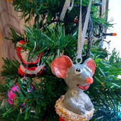 Крысёнок в колпачке ёлочная игрушка