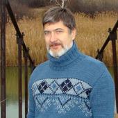 Мужской джемпер со славянским узором