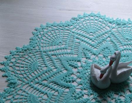 Вязаная салфетка мятного цвета ручной работы на заказ