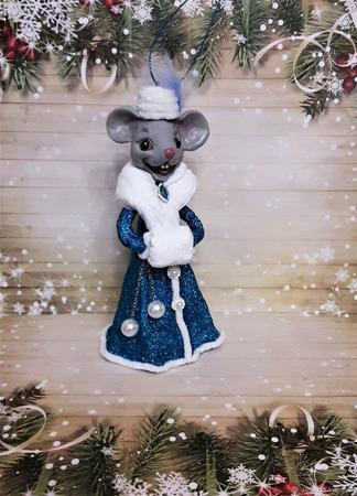 """Ватная ёлочная  игрушка """"Мадам Мышкина"""" ручной работы на заказ"""